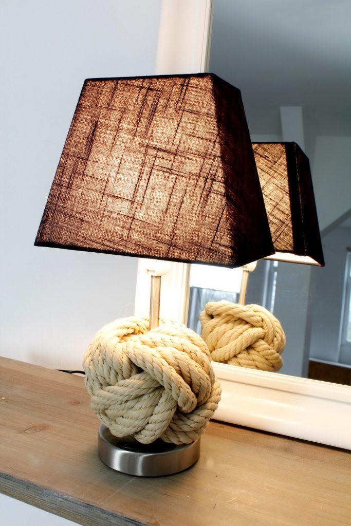 DIY-Affenfaustknoten-Lampe