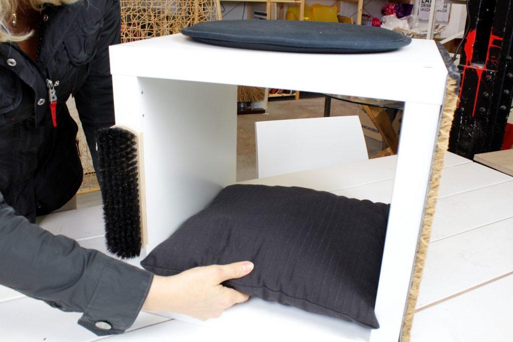 Katzenbaum-aus-Ikea-Regal