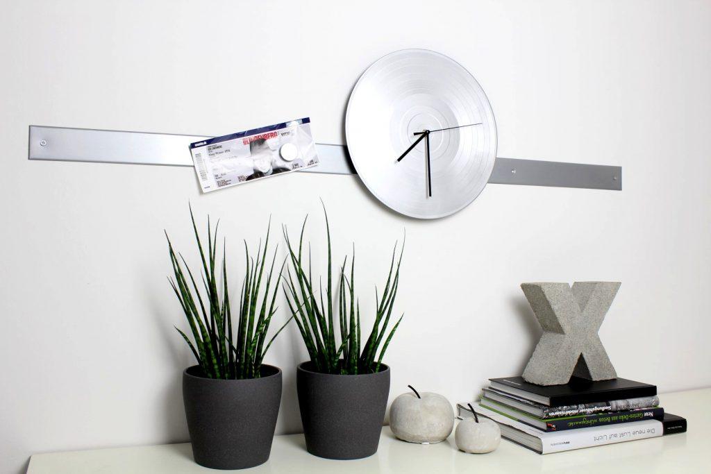 diy anti m cken kerzen ganz einfach selber machen. Black Bedroom Furniture Sets. Home Design Ideas